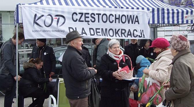 800 podpisów pod projektem ustawy o TK w Częstochowie